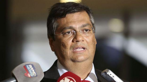 O governador Flávio Dino durante entrevista