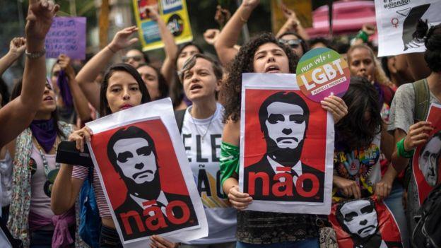 Protestos contra Bolsonaro