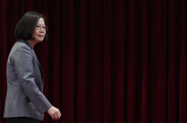 自從5月開始,台灣許多邦交國陸續被中國挖牆腳,外交風波至今未歇。