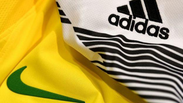 Ropa de Nike y Adidas