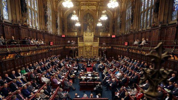 Парламент Британії