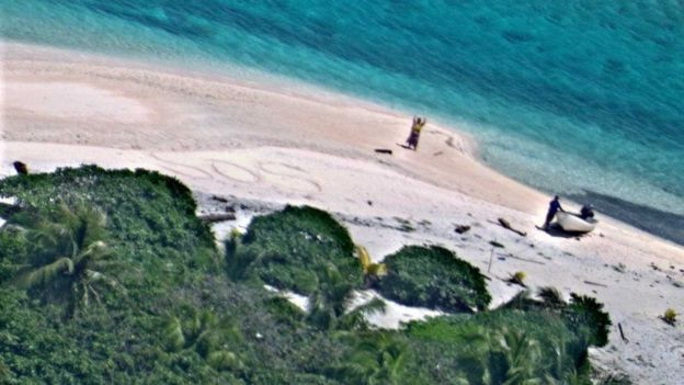 Micronesia Couple Rescued From Deserted Island After Sos Spotted In