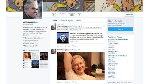 Página en Twitter de Julián Assange