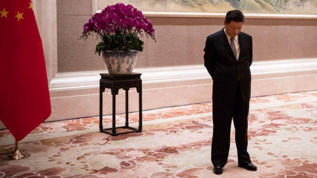 Chủ tịch Trung Quốc Tập Cận Bình đang chờ đón tiếp Thủ tướng Papua New Guinea Peter O'Neill hôm 21/6