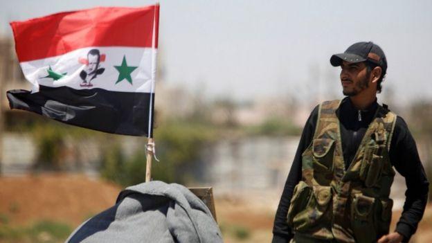 جندي في الجيش السوري الحكومي في درعا