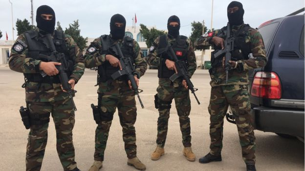 Special Forces from Tunisia's Garde Nationale on the border with Libya.