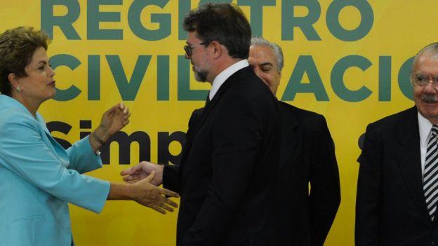 Toffoli com a então presidente Dilma Rousseff e seu vice, na época, Michel Temer, em 2015. Na época ele era vice-presidente do STF