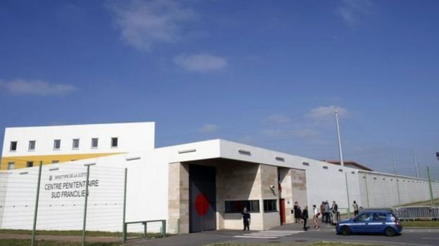Faid trốn khỏi nhà tù Sud-Francilien ở ngoại ô Paris