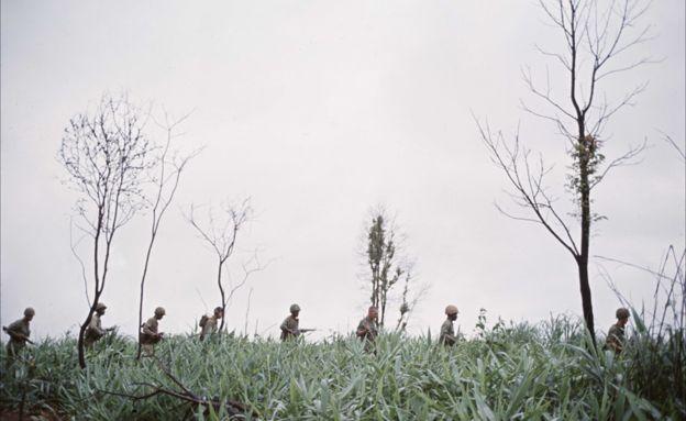 A one-man rescue mission in Vietnam War - BBC News