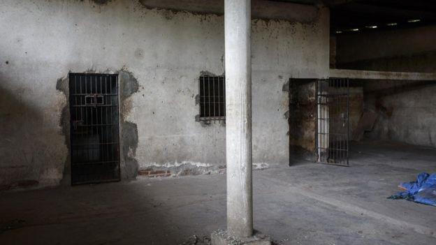Calabozos vacíos en la estación de policía de La Trinidad.