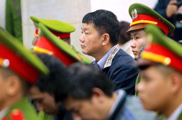"""Theo GS Carl Thayer: """"Tổng Bí thư Nguyễn Phú Trọng luôn thực hiện một cách nhất quán và có phương pháp chiến lược nhằm xây dựng đội ngũ cán bộ nòng cốt cho bộ máy đảng và nhà nước không dính đến tham nhũng"""""""