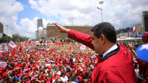 Nicolás Maduro em comício
