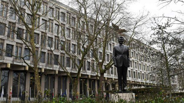 La antigua embajada de Estados Unidos en el centro de Londres