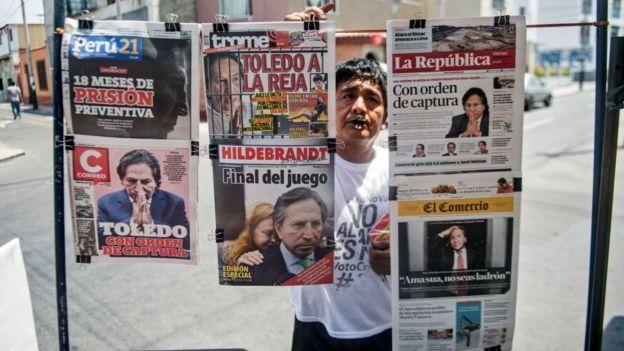 Diarios con información sobre la orden de captura a Toledo.