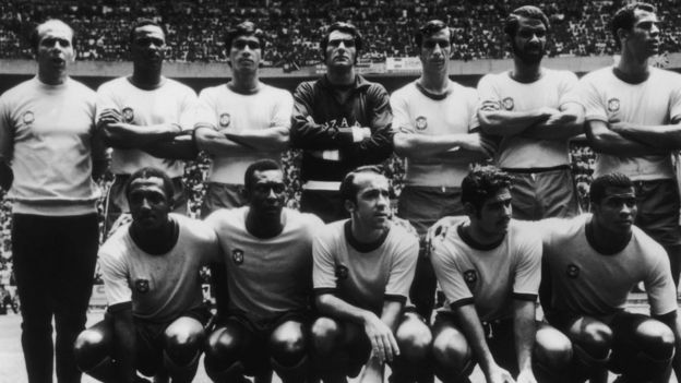 1970年世界杯冠軍巴西隊陣容,前排左二為貝利。
