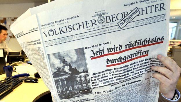 """У 2009 році у Німеччині заборонили передрук нацистського """"Народного оглядача"""""""