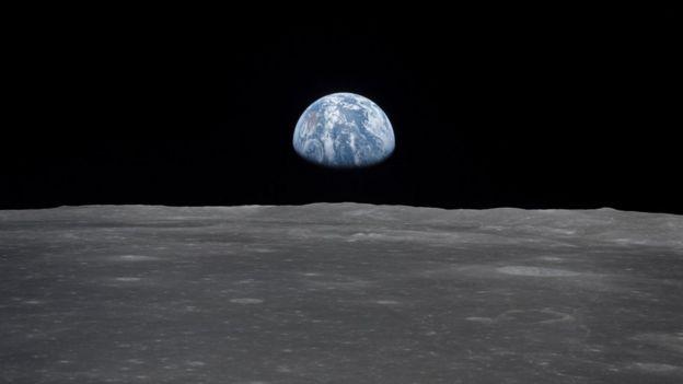 Vista de la Tierra desde la Luna