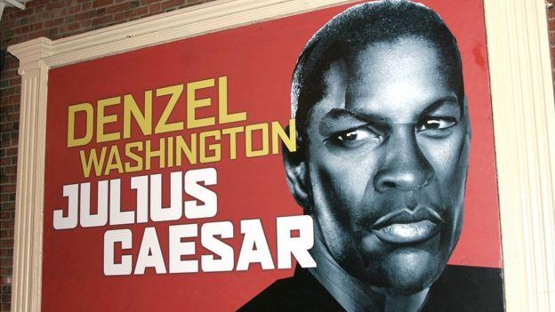 Promoción de Julio César de Shakespeare actuada por Denzel Washington