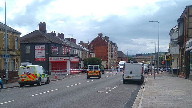 Police were called to North Street, Grangetown in the early hours of Saturday