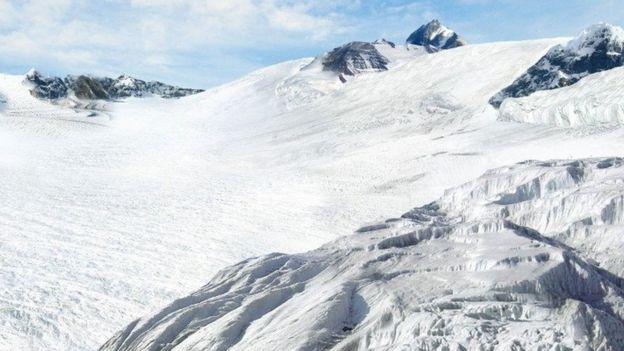 بالنظر إلى معدل تدفق الجليد، ليس من المرجح أن نشهد ذوبان الغطاء الجليدي كليا في القارة القطبية الجنوبية في غضون عقود