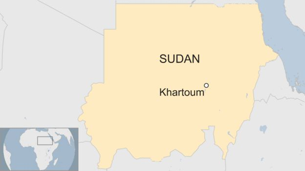 Protesters call on Sudan\'s President Bashir to step down - BBC News