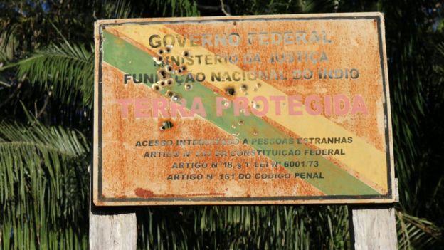 Cartel de reserva indígena