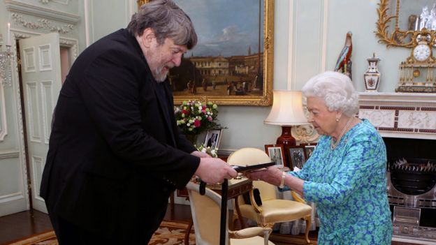Oliver Knussen with The Queen