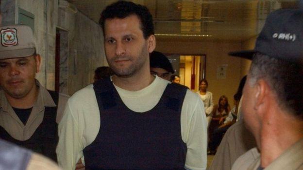 Foto de archivo de un arresto anterior de Assad Ahmad Barakat