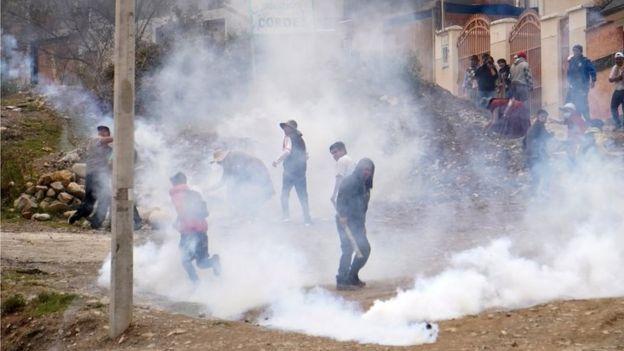 Evo Morales supporters clash with police in La Paz. Photo: 11 November 2019