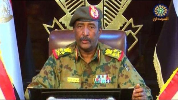 سپهبد عبدالفتاح عبدالرحمن برهان، رئیس شورای انتقالی نظامی
