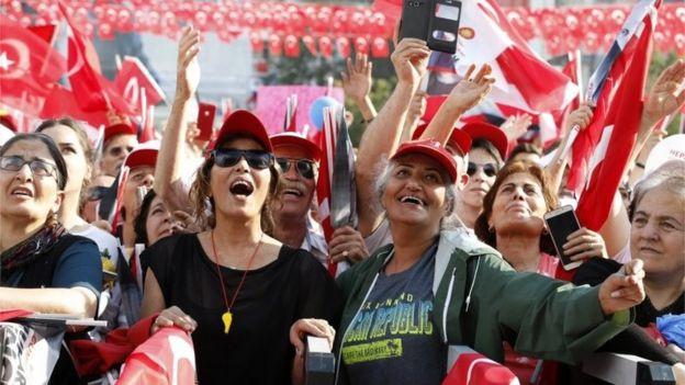 اردوغان از مردم ترکیه خواست دوباره به او رای دهند