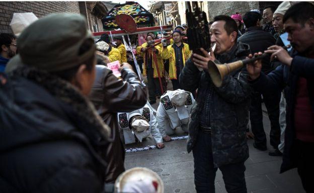 中國傳統葬禮。