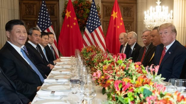 US President Donald Trump (R) US Secretary of State Mike Pompeo (2-R) and members of their delegation hold a dinner meeting with China's President Xi Jinping (L) Chinas Foreign Affairs Minister Wang Yi (2-L) and Chinese government representatives, at the end of the G20 Leaders' Summit in Buenos Aires, on December 01, 2018