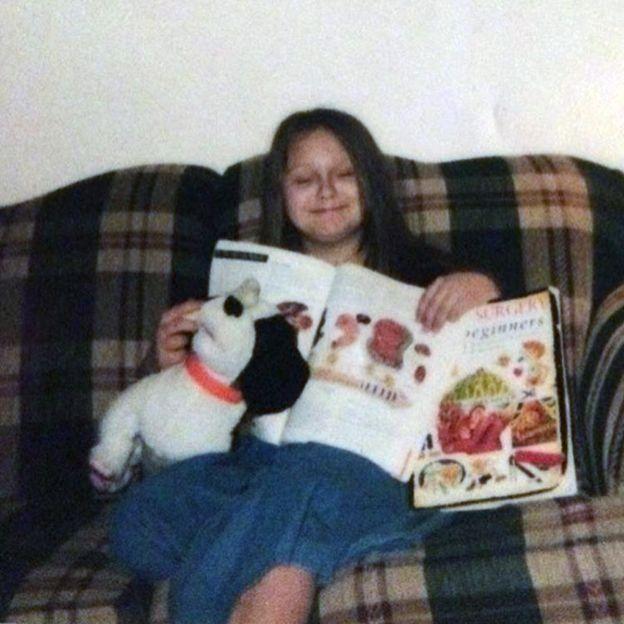 Rose saat masih anak-anak.