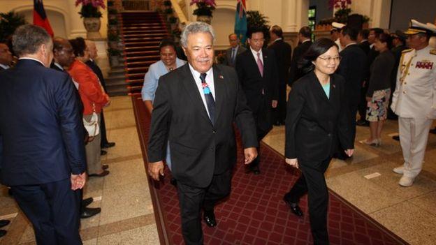 台灣在南太平洋邦交國吐瓦魯(圖瓦盧)的總理索本加先前應蔡英文政府的邀請到台灣參加雙十節慶典。