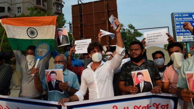 Protesta en India tras el reciente conflicto en la frontera.