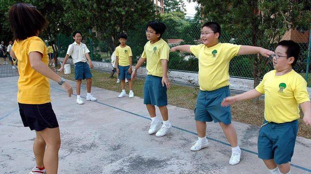 Разминка в школе Сингапура