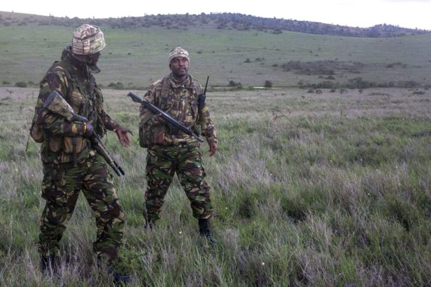 The snipers trained to protect rhinos - BBC News