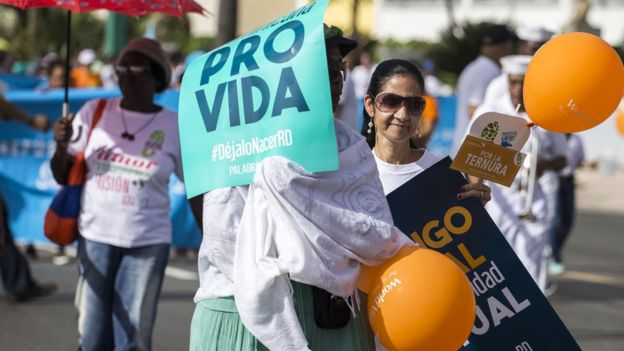 Marcha contra el aborto en República Dominicana