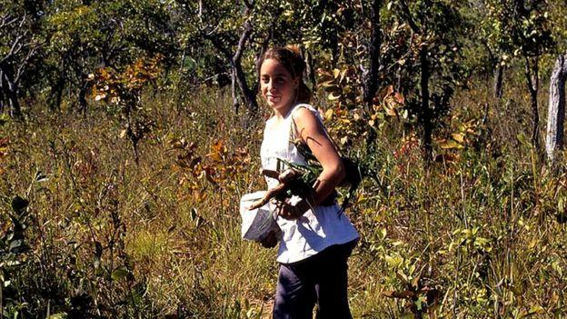 Camila aos 16 anos, quando visitou a aldeia Xavante Pimentel Barbosa