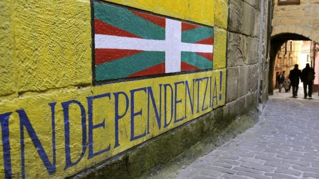 Un mural que dice