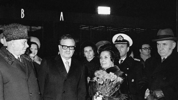 Salvador Allende, su esposa durante una visita a Moscú en 1972.
