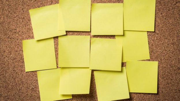 Notas post-it vacías. Foto de Artisteer - Getty Images