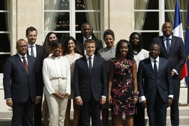 Pour mener à bien sa politique africaine, le président français s'est entouré d'un comité composé principalement de jeunes entrepreneurs binationaux.