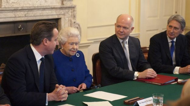The Queen attends a cabinet meeting