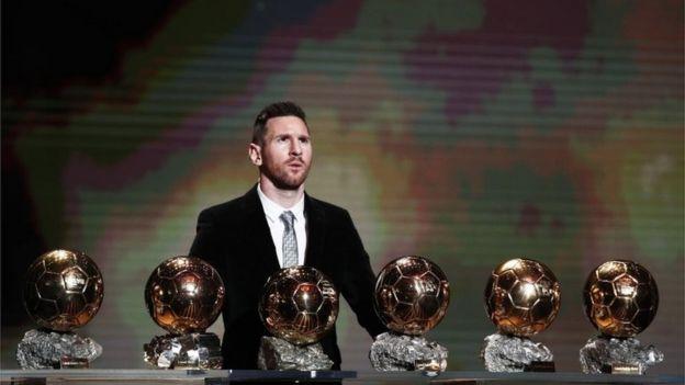 Lionel Messi con sus seis Balón de Oro