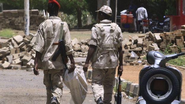 المعارضة تتهم أفراد قوات الدعم السريع بقتل المحتجين