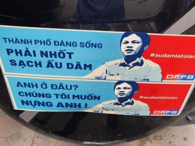 Tài xế dán Nguyễn Hữu Linh diễu hành trên phố