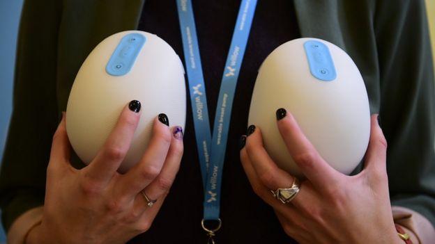 Устройство Smart Breast Pump от Willow.