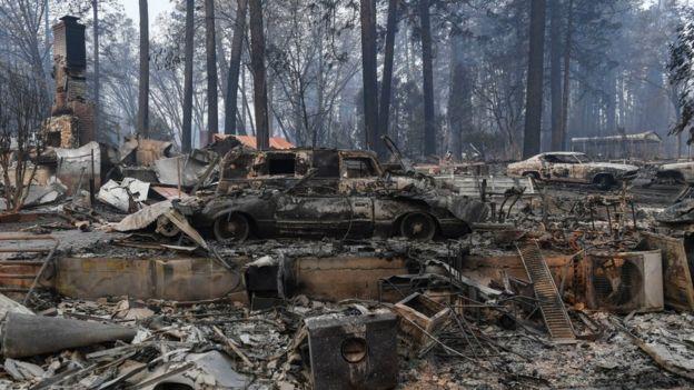 Una comunidad incendiada en California